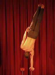 Acrobate-equilibriste